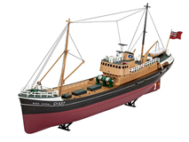 Slepovací model Revell 1:142 Northsea Fishing Trawler *